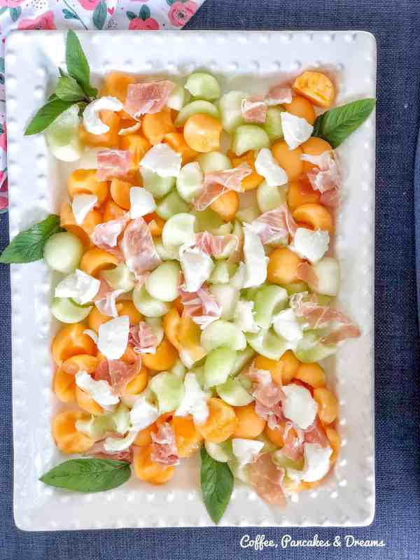 10 Refreshing Summer Salads for your BBQ, Picnic or Potluck