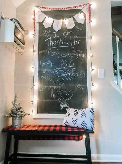farmhouse kitchen christmas decor