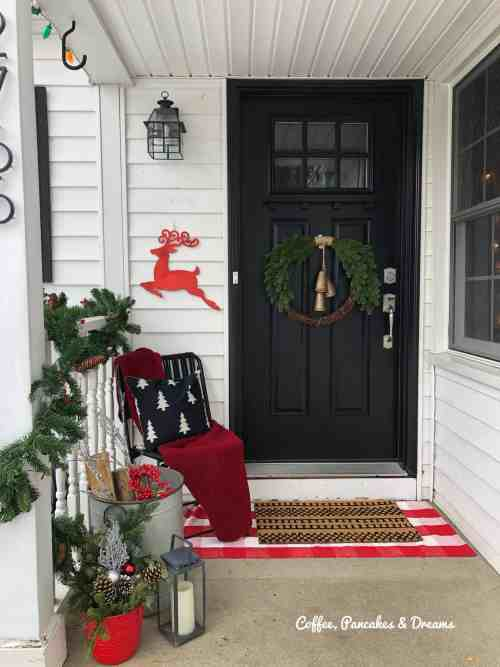 Farmhouse Front Porch Christmas Decorations #budget #diy #buffalocheck