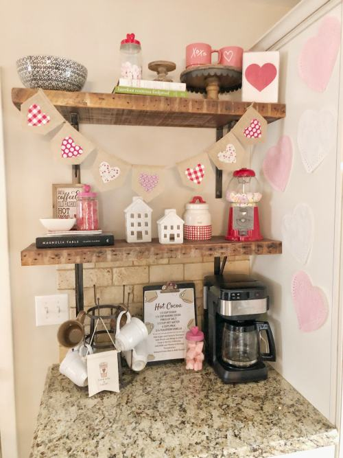 Cute Coffee Bar Ideas for Valentine's Day #hotcocoa #valentinesdecorations #coffeestation #valentines