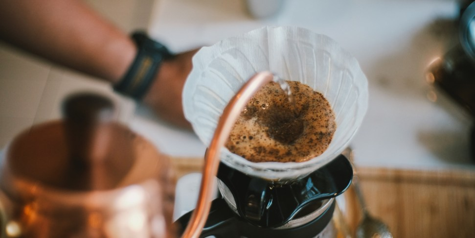 Brewing good pour over coffee