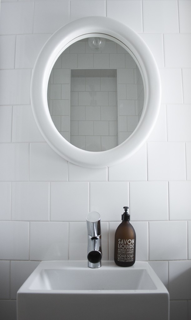 coffee table diary blog powder room subway tile