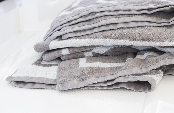 Veneen sisustus, Totême towels