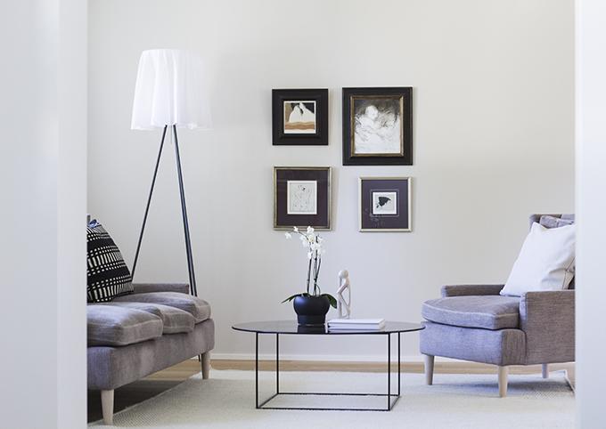 Hay Tray Table Hack, pöydän tuunaus, olohuone sisustus, modern living room interior