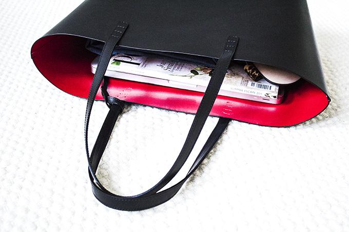 Mansur Gavriel Large Tote Black leather Fiamma red inside