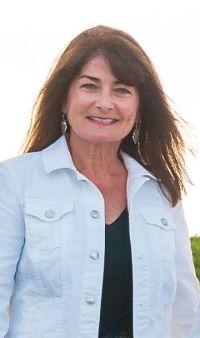 Nancy Coffman headshot