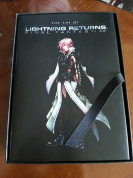 Lightning-Returns-Edition-Collector-US-unboxing-03