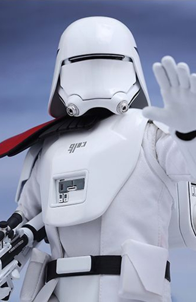 figurine-hot-toys-star-wars-snowtrooper-first-order-officier