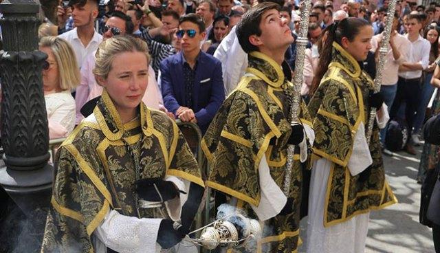 El Vaticano admite a las mujeres para participar en los ministerios laicales de acolitado
