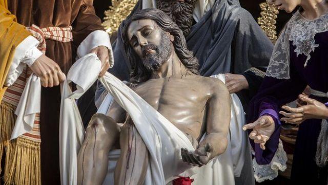 Las hermandades de San Fernando recrearán las escenas de la Pasión con altares en los templos durante la Semana Santa