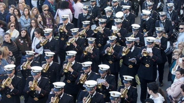 Las bandas de las cofradías podrán actuar y ensayar al aire libre con un máximo de 50 músicos