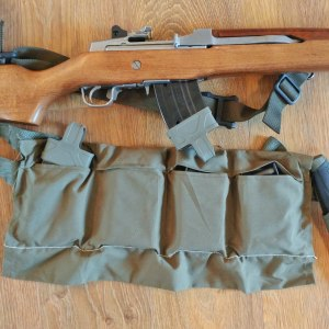 Modern US Military 4 pocket bandoleer for 5.56x45mm ammo with Mini-30