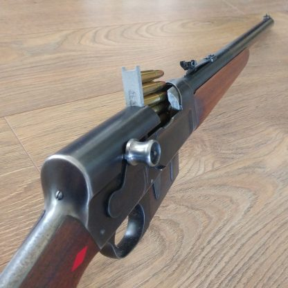 Stripper clip loading Remington 8