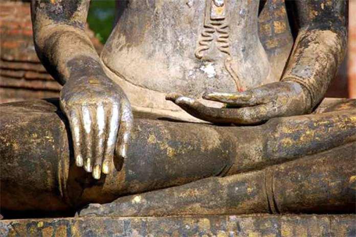 earth-witness-buddha-mesoamerica-asia
