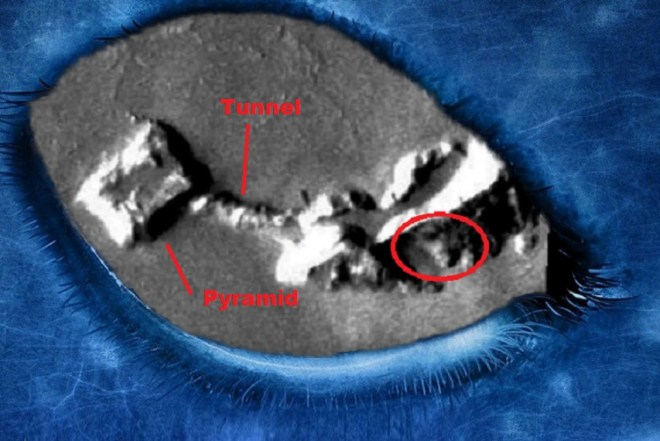 Alien base, Mars, in the Olympus Mons region found pyramid and a tunnel. Original article by Alessandro Brizzi.