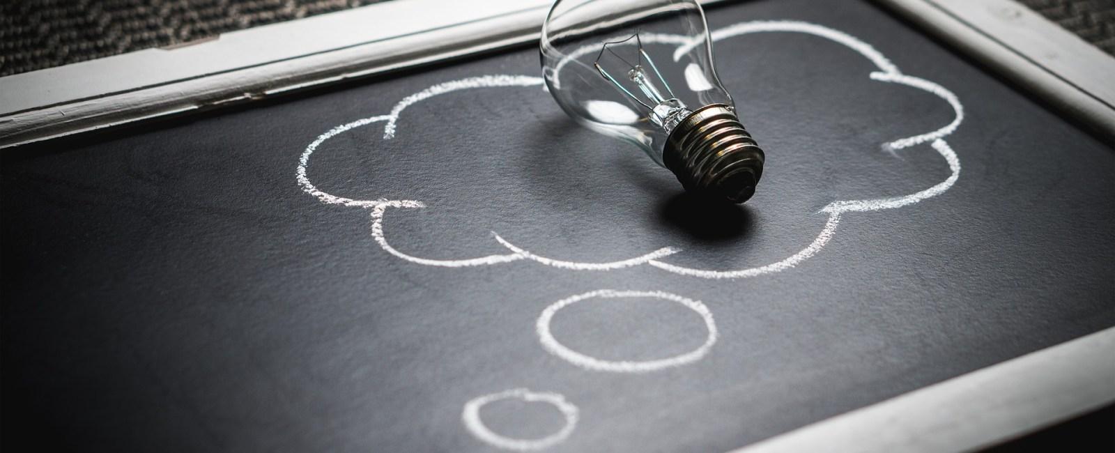 learning class training lightbulb (Photo credit: TeroVesalainen / Pixabay)