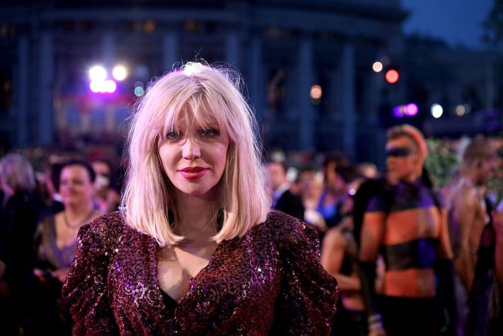 Life_Ball_2014_red_carpet_084_Courtney_Love