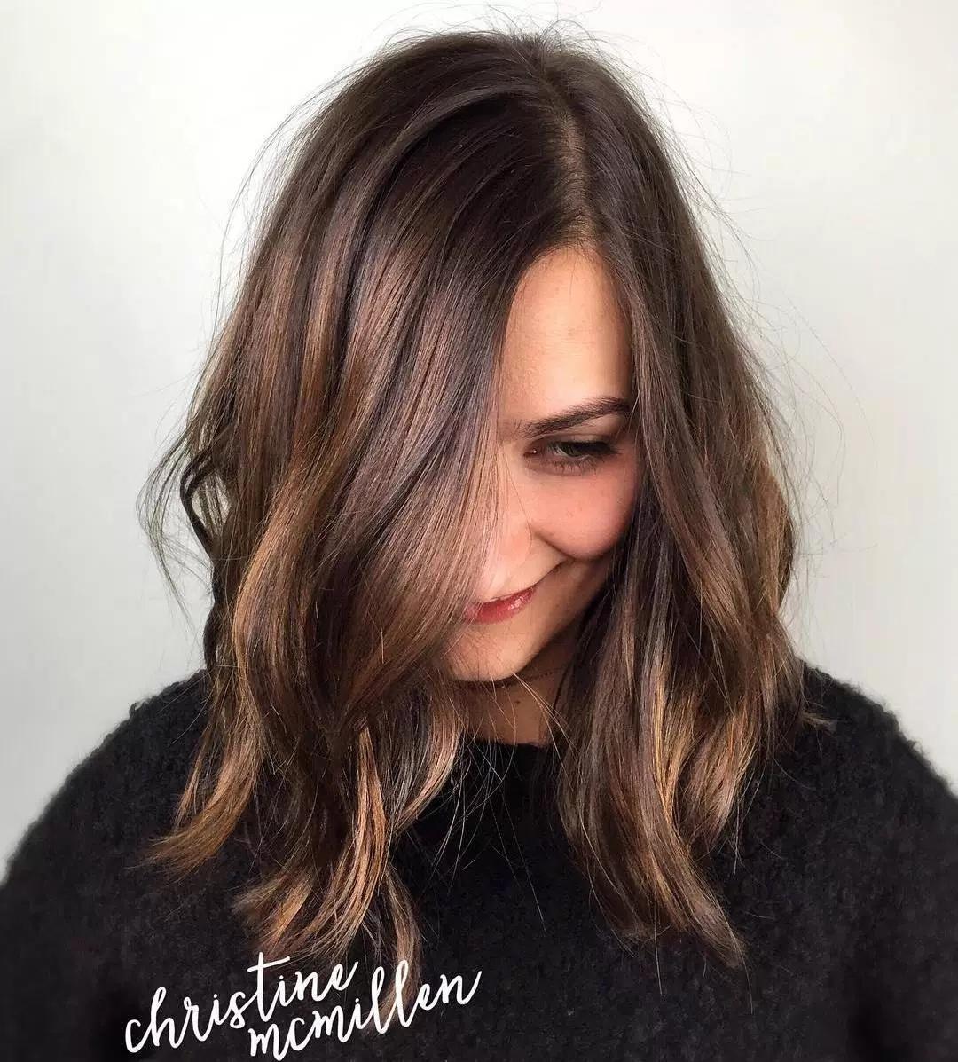 60 Magnifiques Coupes Cheveux Mi Longs Coiffure Simple