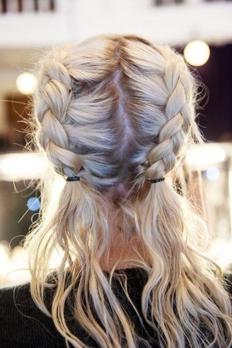 30 Belles Ides De Coiffures Pratiques Pour Cheveux Mi