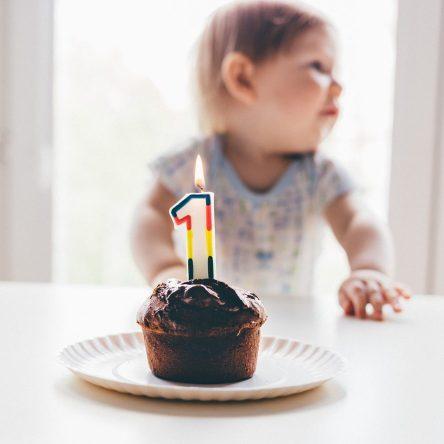Premier anniversaire de bébé : 11 idées de cadeaux