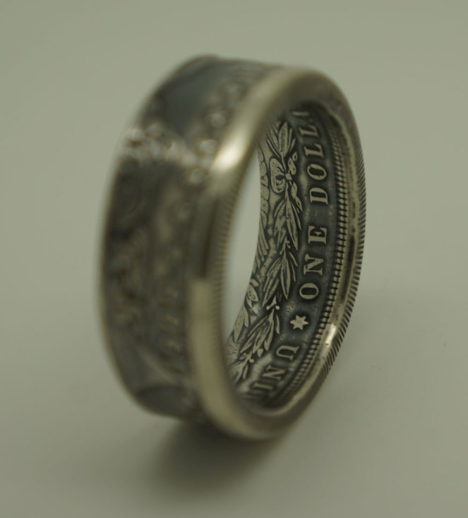 1900-Morgan-dollar-070-1