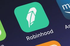 Robinhood reportedly tests a new feature that allows users to withdraw crypto