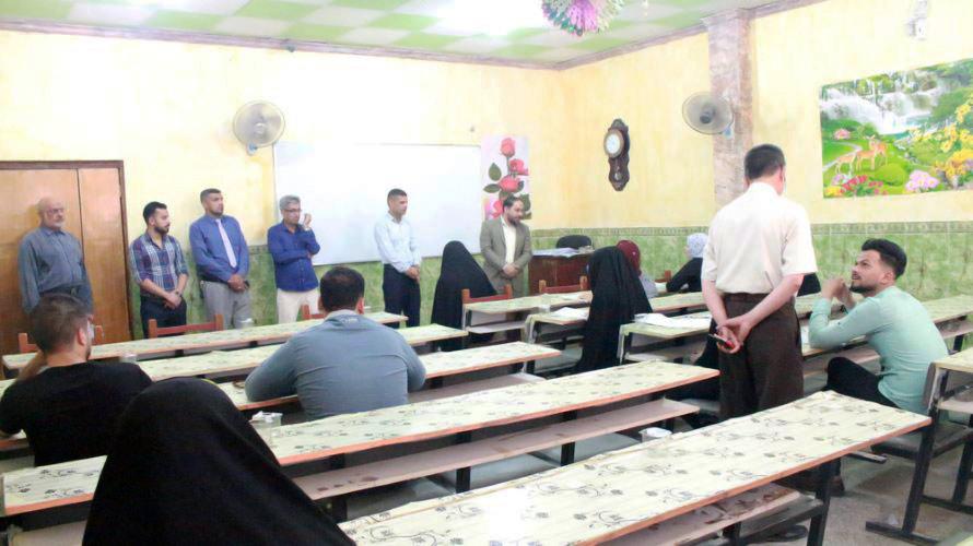 وفد من كلية العلوم الاسلامية يطلع على سير الامتحانات التقويمية في جامعة اهل البيت (ع)