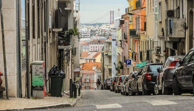 Motivos para visitar Lisboa - toda rua mais alta é um mirante