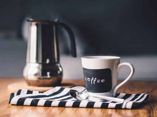 運動前にコーヒーを飲むと痩せやすくなる!?