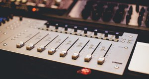 Cabecera para Producción musical
