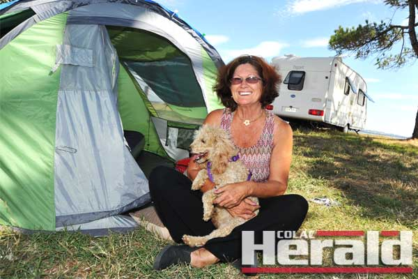 Free lakeside camping attracts tourists