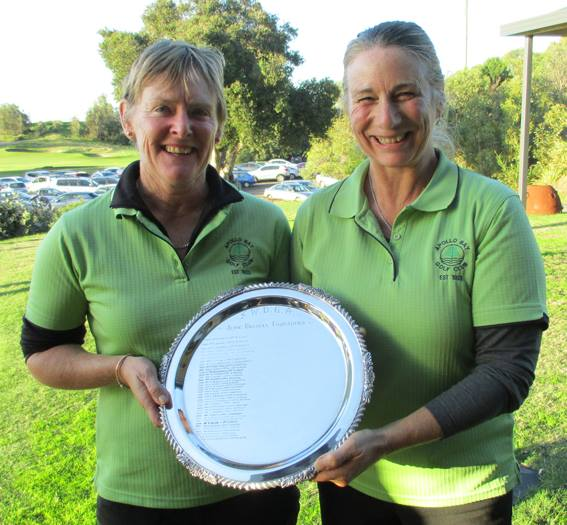 Apollo Bay golfers Vicki Hannah and Stacey Thomas are set to join Colac golfers in a pennant team if the season starts.