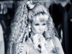 Barbie lanza muñeca de Schiffer por sus 30 años de modelo