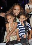 """Hijos de Jennifer Lopez y Marc Anthony son víctima de los """"haters"""""""