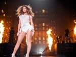 Beyoncé dona 100 mil dólares a cuatro universidades