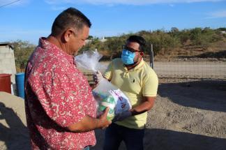 04 Contribuyen regidores del Gobierno de Los Cabos en la entrega de apoyos a las familias vulnerables1