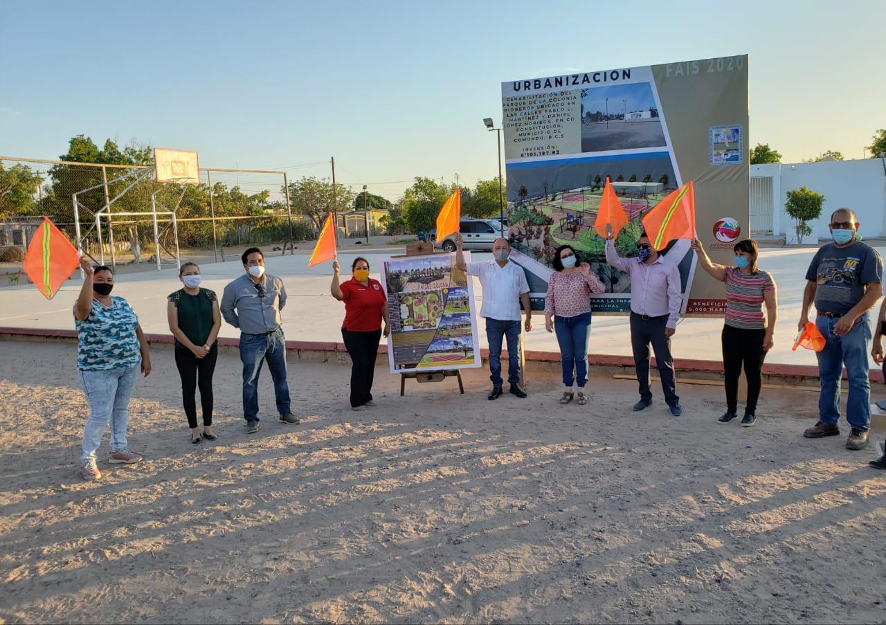 Walter Valenzuela dio el arranque de la rehabilitación del parque de la colonia Pioneros