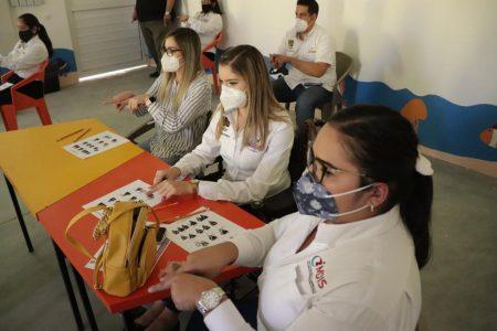 Personal del IMDIS Los Cabos se capacita en Lengua de Señas Mexicanas