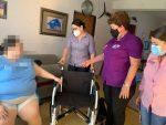 DIF Los Cabos apoya con silla de ruedas a ciudadana de La Ribera
