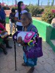 """Otorga DIF Los Cabos 800 cobijas a través del programa """"Abriga a una Familia"""""""