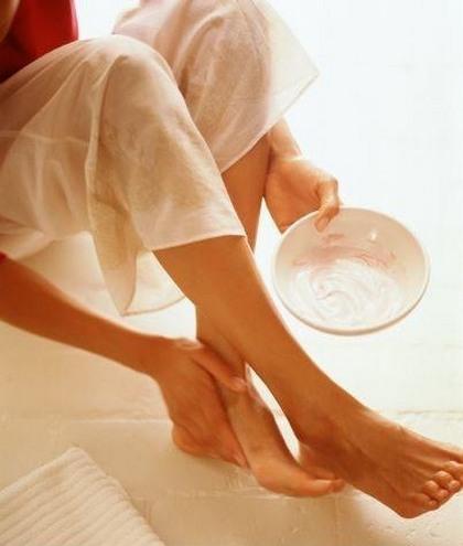 de ce picioarele mele se înghesuie foarte ușor venele din vârful picioarelor se rănesc