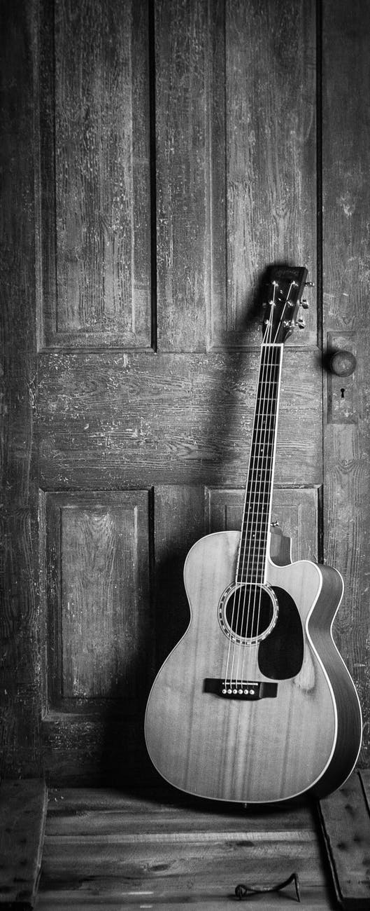 Acoustic Guitar Lessons Christmas Offer