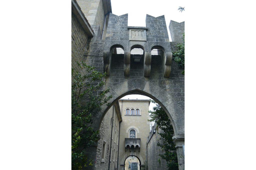 Arco en la Calle de Portanova