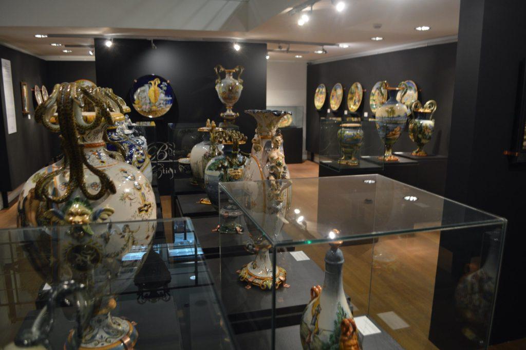 Piezas artísticas en el Museo Estatal de San Marino