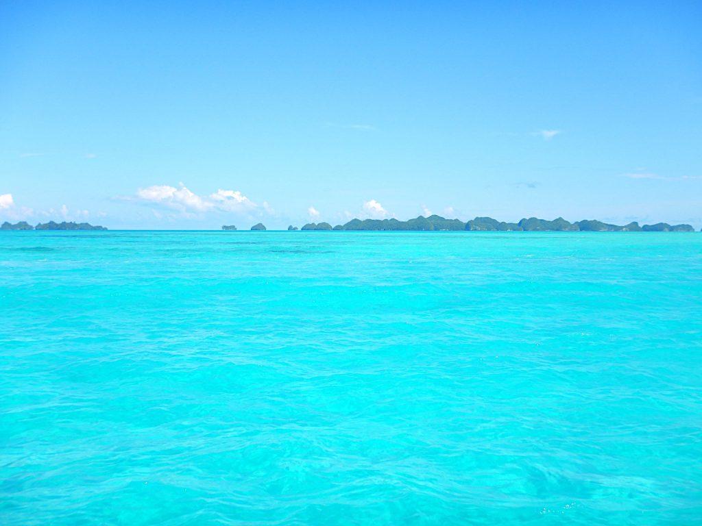 Océano azul en Palaos