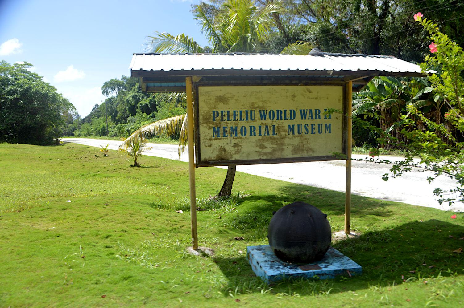Entrada del Museo de la Segunda Guerra Mundial de Peleliu