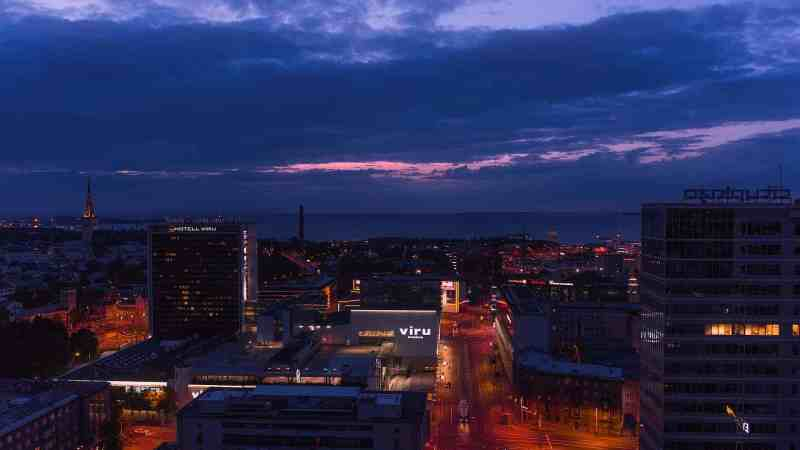 Monedas de Estonia: Tallinn de noche