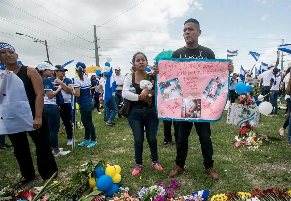 Nelson Lorío y su esposa