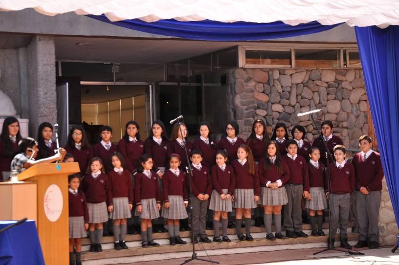 Destacada presentación tuvo el coro y ensamble instrumental  Varista en evento realizado por el natalicio de Gabriela Mistral