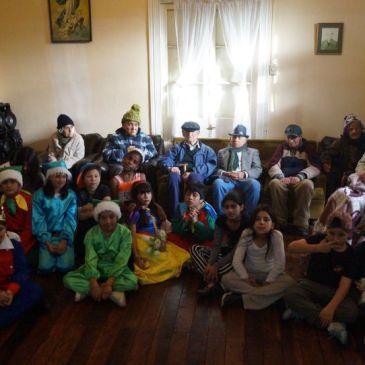 Alumnos de 5° Básico Visitan Hogar de Ancianos de Vicuña